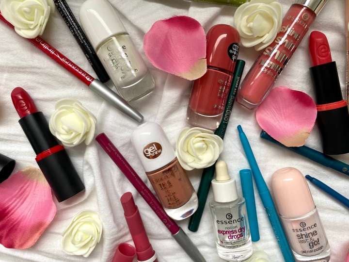 saida chahid fashion beauty lifestyle blogger